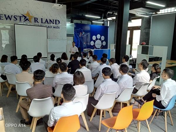 training nhân viên kinh doanh Bất động sản