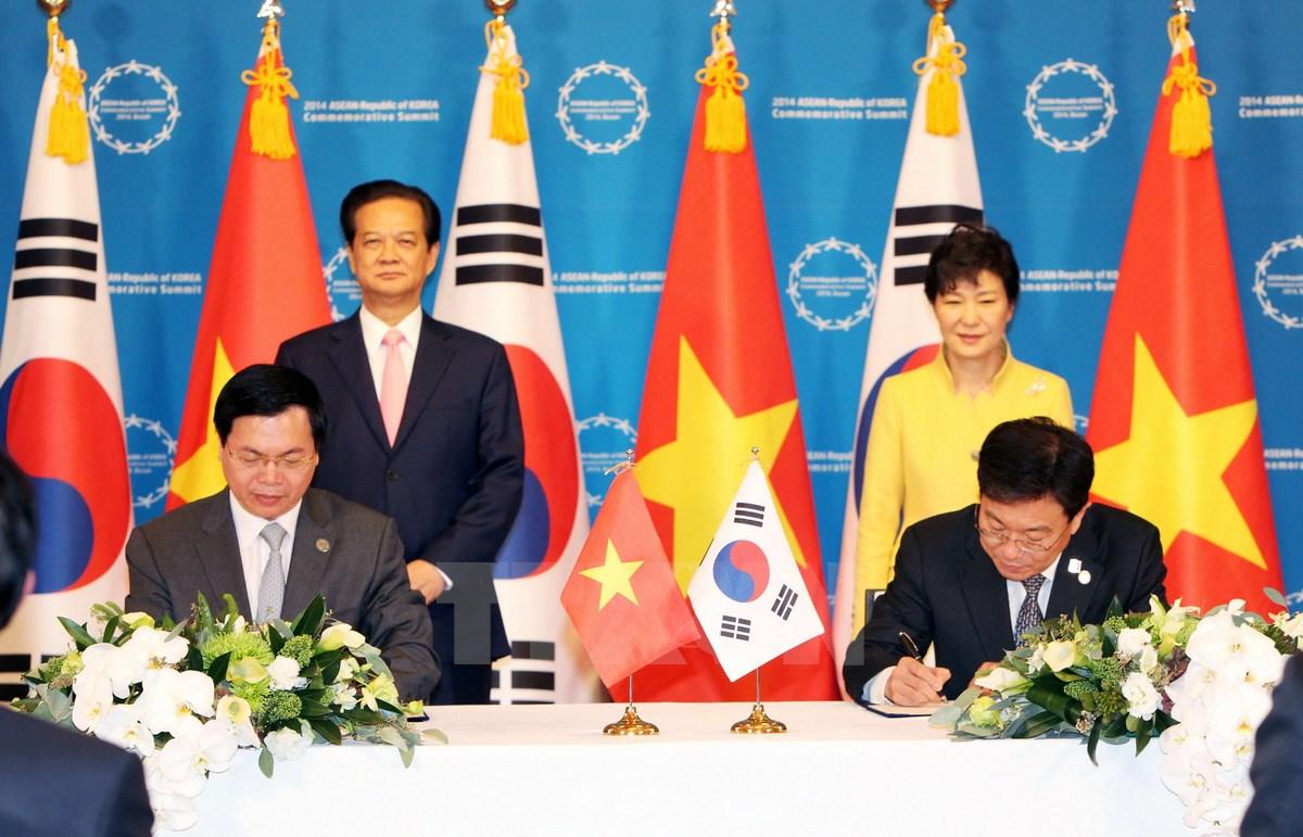 Việt Nam gia nhập nhiều Hiệp định thương mại